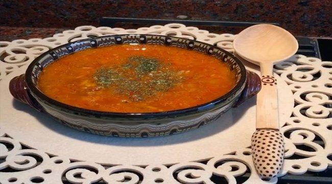 Kıymalı Domatesli Şehriye Çorbası Tarifi